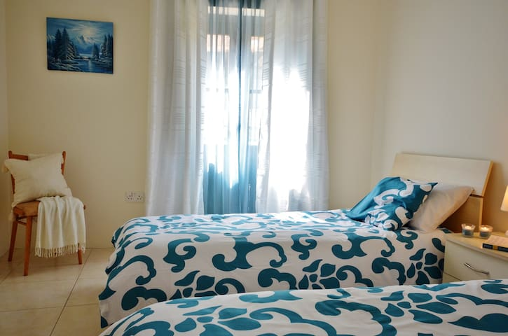 Spinola Bay Seaview Self Catering Apartment - St Julian's - Daire