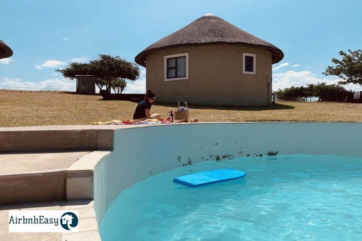 Izulu Eco Lodge   Sodwana Bay    Chalet 2