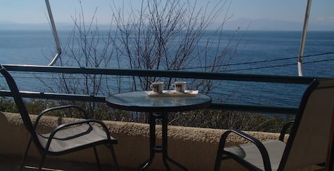 Sea side apartment with amazing view 2