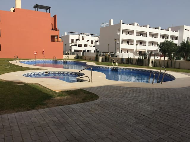 Lovely 2 bedroom 250m from the beach - Playas de Vera - Pis