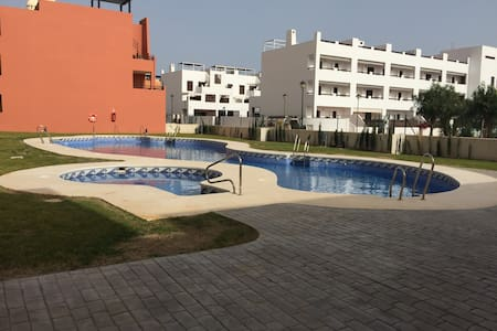 Lovely 2 bedroom 250m from the beach - Playas de Vera - 公寓
