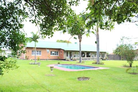 Summerfields & Gardens House, relax your senses