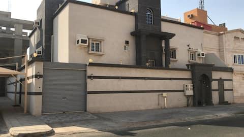 Villa in Makkah 15 min to🕋  15 min to🚄  58 min to✈️