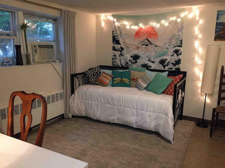 Cozy Studio in Long Beach