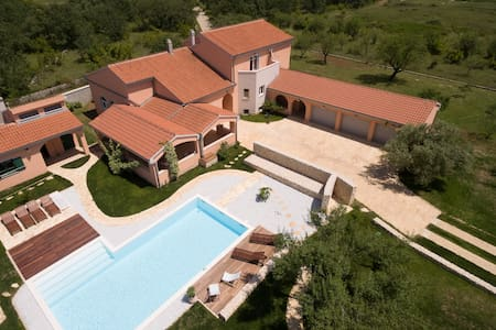 Luxury Villa Portulaca - Prkos