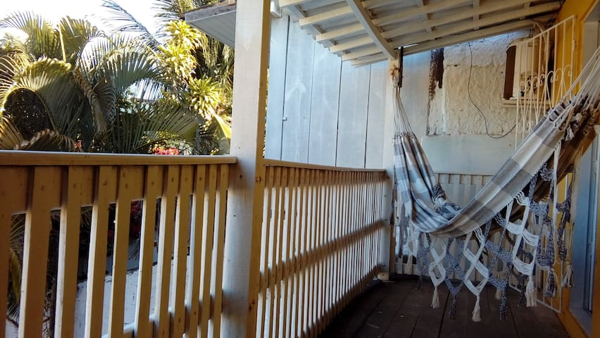 Mozambique- Triple room with balcon and bathroom - Pipa Beach - Hostel