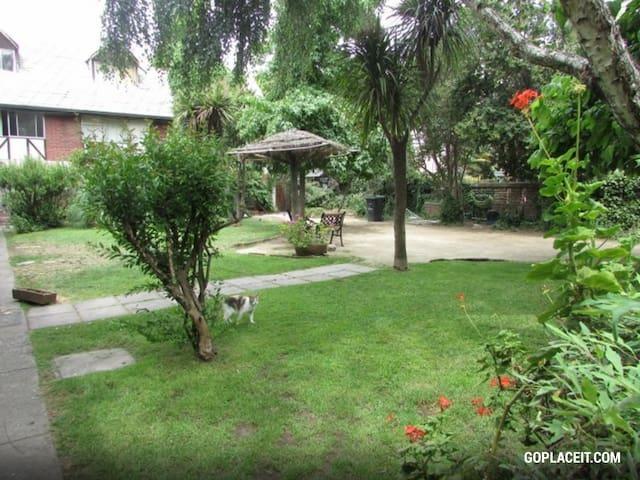Arriendo Habitación Amoblada - Lo Barnechea - Casa