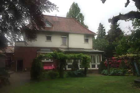 B&B in stadsvilla - Hengelo - Villa