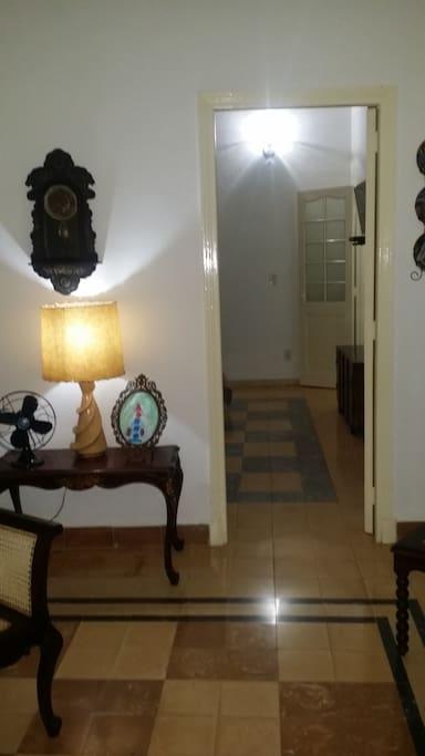 Vista de entrada dormitorio / Entry bedroom view
