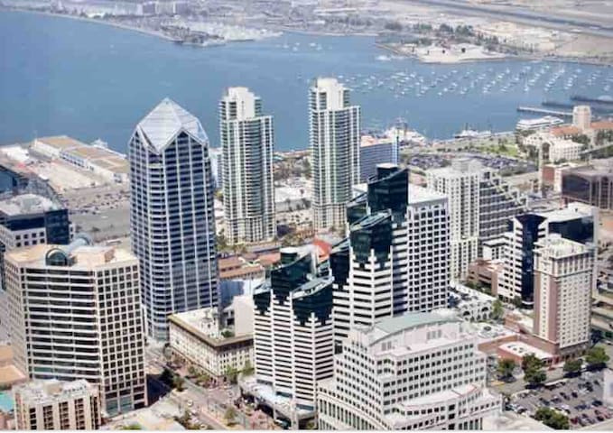 Awesome Wondeful Downtown SD APT