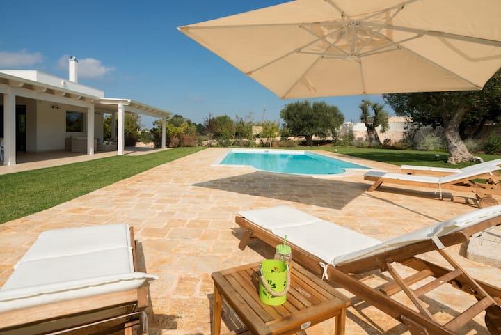 HelloApulia Villa Greta: Romantic villa with private pool