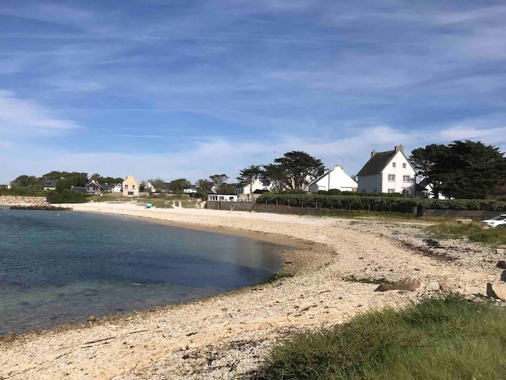 Grande maison directement sur la plage