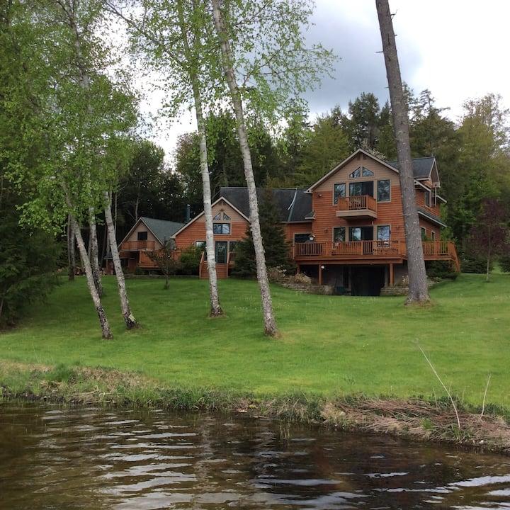 Seabury's Pointe Lodge