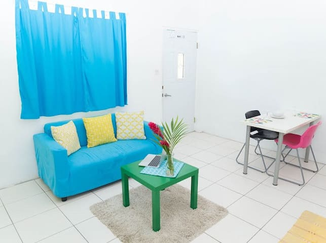 Grand Anse - Cobys Modern Apartment