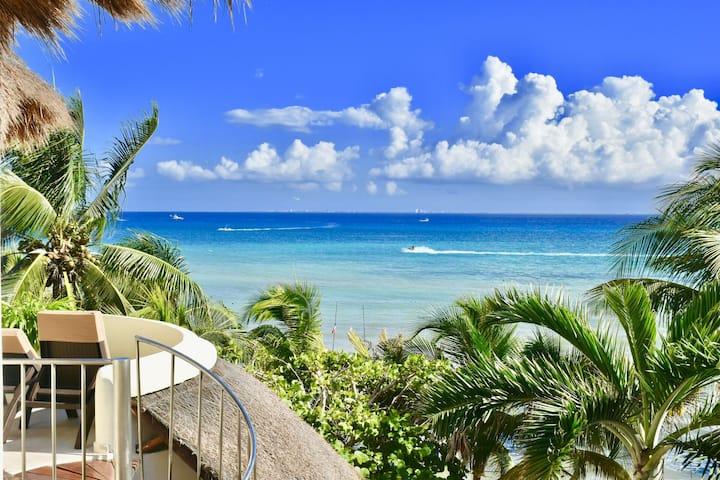Ocean view delux studio in the heart of Playa del Carmen. 302