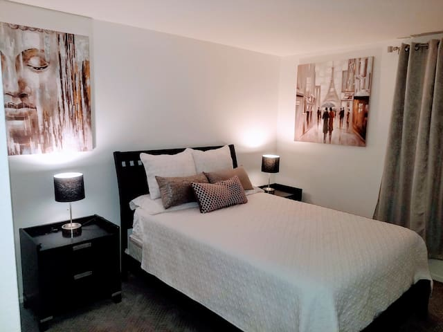 Clean Remodeled Queen Bed/Bath - Social Distancing