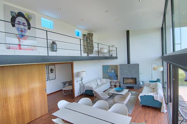 Fantastica casa con piscina en Tamariu