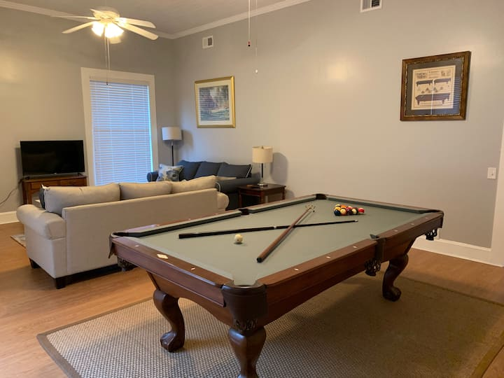 Spacious Starland District Home - Room 4