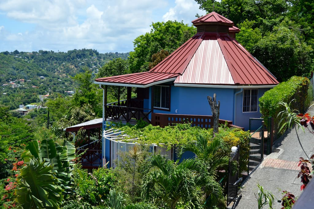 Panoramic Villa Outside