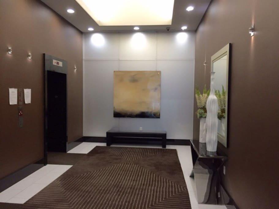 Lobby Entrance to Elavators
