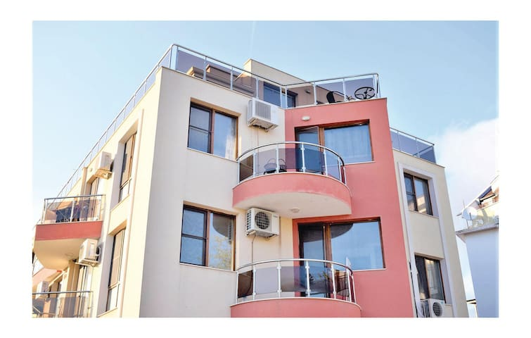 Holiday apartment with 1 bedroom on 77 m²