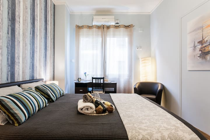 """""""Literally the most perfect, clean, and centrally located apartment in Athens. I highly recommend this place!"""" Alex, June 2017"""