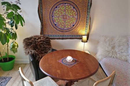 Cozy, bright room in central area. - Copenhaga - Apartamento