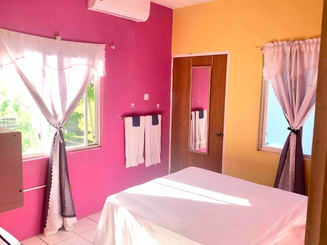 Paradise Inn $39-49USD (#11) Private Bedroom w. AC