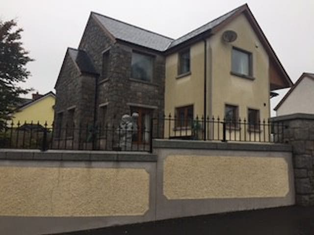 Large house to rent. Rooms available separately - Newry and Mourne