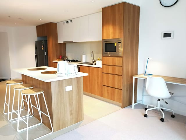 Cosy One Bedroom Apartment in Brisbane CBD