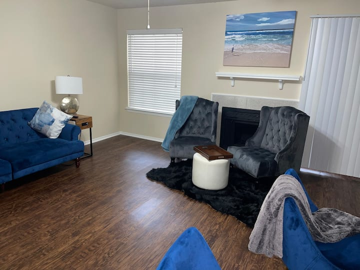 Love Lee Blues Luxury Living by DFW AIRPORT