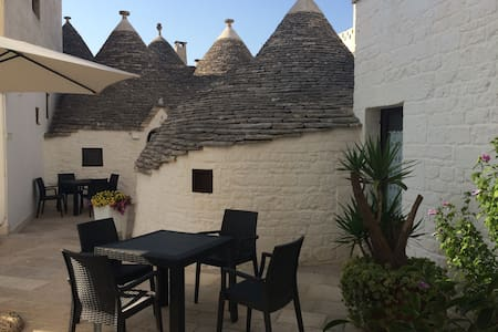 Trulli Family Saturno - Alberobello - Bed & Breakfast
