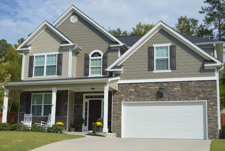 4 Bedroom 3.5 Bath Augusta Area Masters Rental
