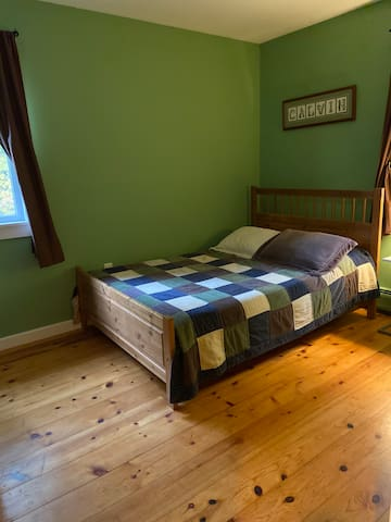 Bedroom 3-summer