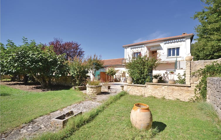 Semi-Detached with 3 bedrooms on 120m² in Caromb