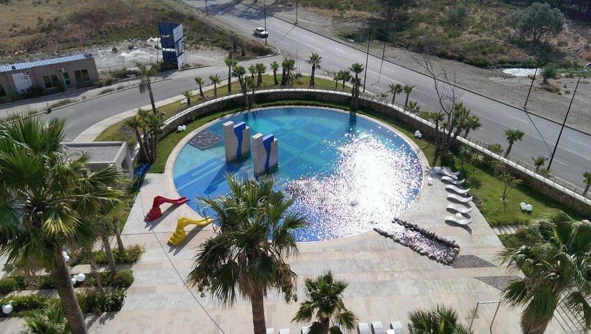 appartment de luxe avec piscine