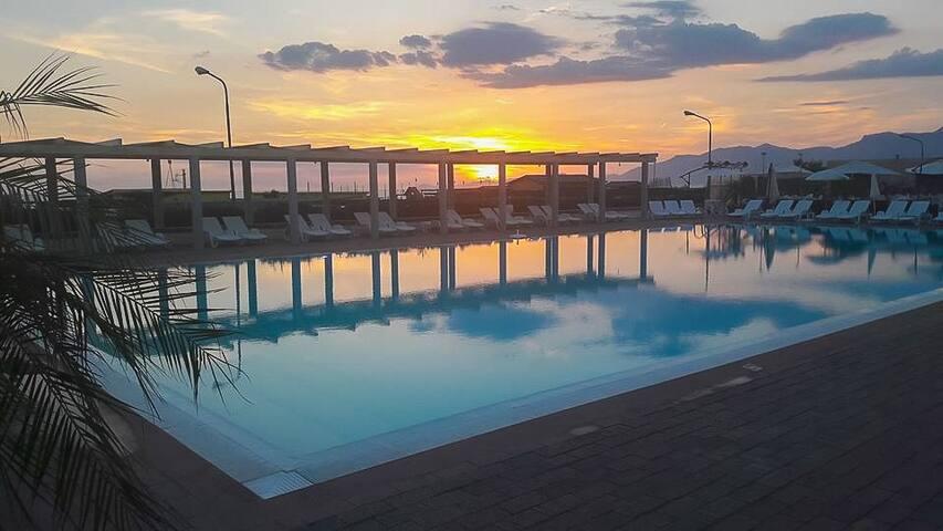 Residence Capri | Seaview | Pool | WI-Fi | A/C