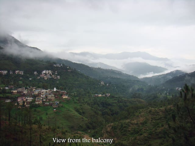 A heaven in the hills - Solan - House