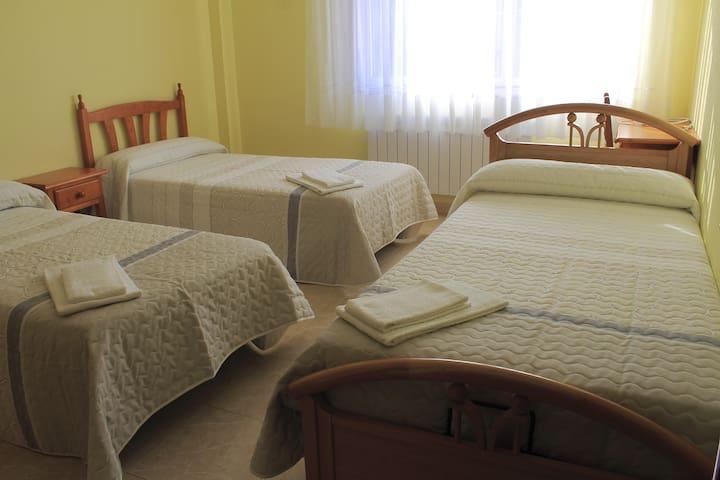 Nice triple bedroom in quiet surroundings