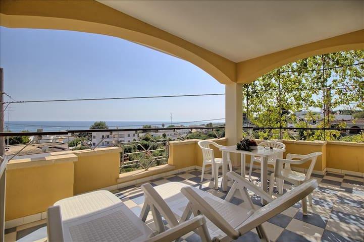 Mansarda Canarina - Pescoluse - Apartamento