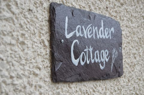 Lavender Cottage, private entrance, self-check in