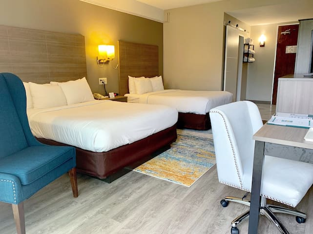 NEWLY RENOVATED Quality Inn- Middletown/Red Bank