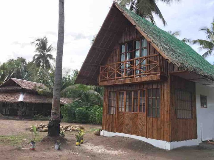 Narra Beach cottages and Gardens