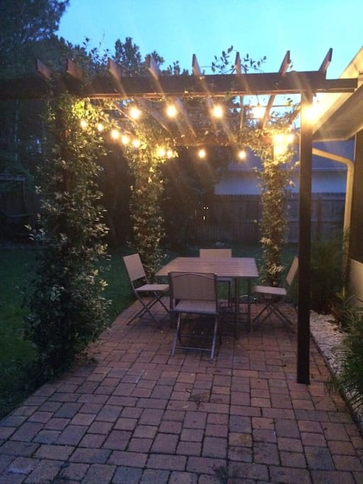 Back Patio - Perfect for relaxing and eating/talking