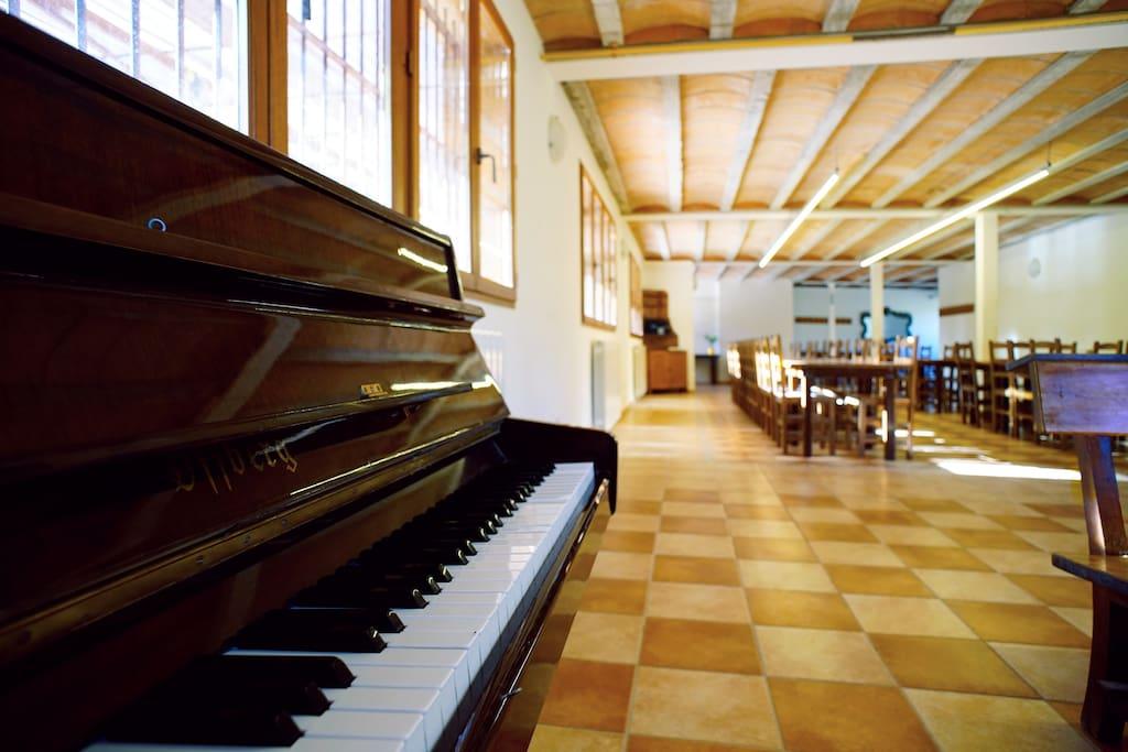 El salt casa rural i de col nies per grups cottages for rent in mura catalunya spain - Casa rural mura ...