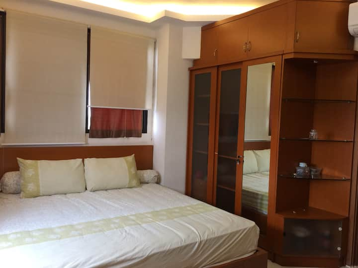 3 rooms, elite area, Lippo Karawaci