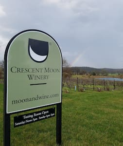 Guesthaus at Crescent Moon Winery