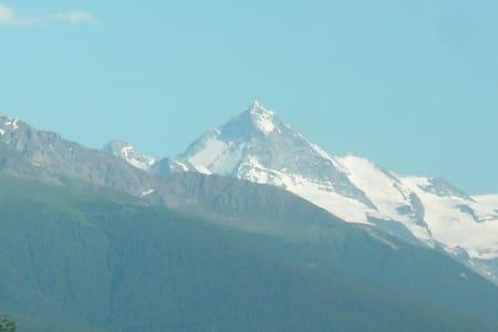 Chalet Balthi, des vacances au Paradis! - Savièse - Alpehytte