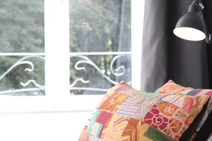 "Villa Adélaïde, chambre ""Arthur"", Chimay"