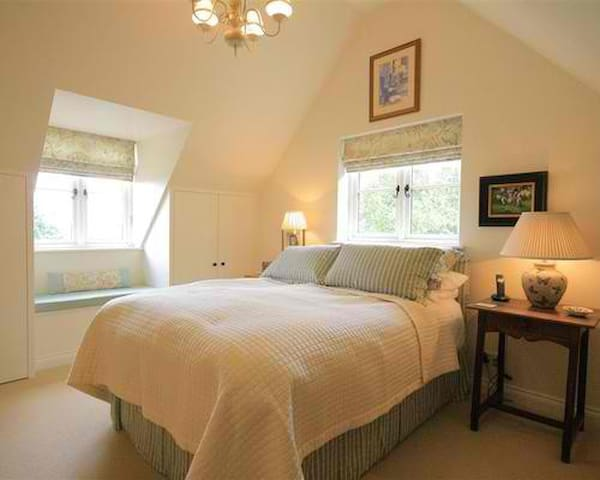 Holiday Cottage in the Heart of the Cotswolds - Longborough - Hus